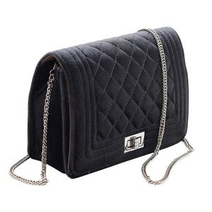 Elegant lady linters chain purse